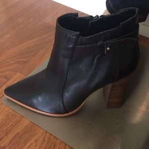 Steven By Steve Madden Leather boots. Size 7.5